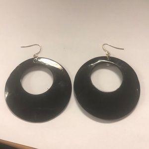 Jewelry - Black shiny earrings